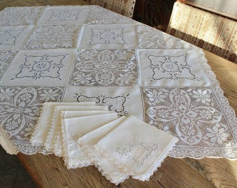 Vintage Filet Lace and Embroidered Cutwork Linen Tablecloth with 6 Napkins