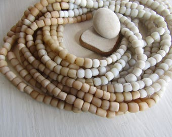 Small glass seed beads , 4 tones , rustic white and beige, matte  ethnic tube barrel, New Indo-pacific 3 to 6mm (21 inches strd) 7AB20-3