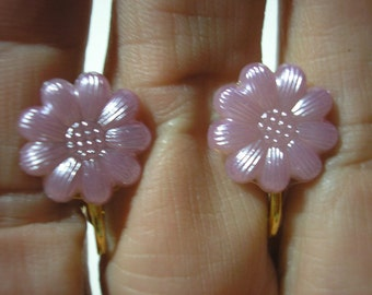 Play Earring - Clip  - Flower - Satin Purple - 1/2""