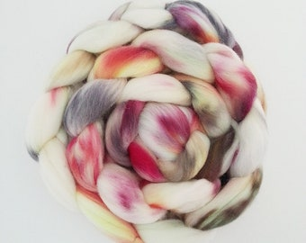 "Hand Dyed Eco Sock Blend Roving--4 oz 80/20 Organic Merino/Nylon Hand Dyed Combed Top, ""Yoljung"""