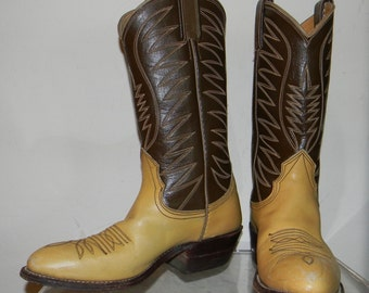 vintage cowgirl boots sz 6 womens 60s crop leather cowboy boots NOCONA