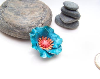 Turquoise blue poppy in cold porcelain (lot no. 2)