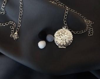 Essential oils diffuser necklace