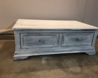 Captivating Large Shabby Chic White Distressed Coffee Table