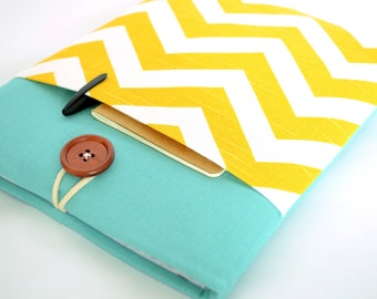 MacBook Pro Laptop Case MacBook Cover Padded with Gadget Pocket - Yellow Chevron