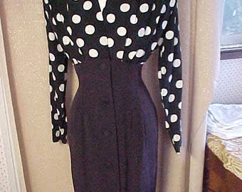 Vintage 1970s  1 pc  Bl and Wh Polka Dress, shoulder pads. Nipped in waist.Knock out dress.   #3299