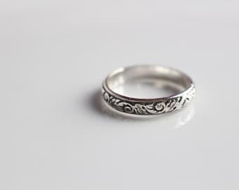 Pattern Ring Band // Floral Ring // Swirl Band Ring // Sterling Silver Ring Band