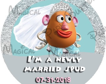 Mrs Potato Head Just Married button, Disney Wedding Party Buttons, Wedding Buttons, Bride Buttons, Bride  Disney Button