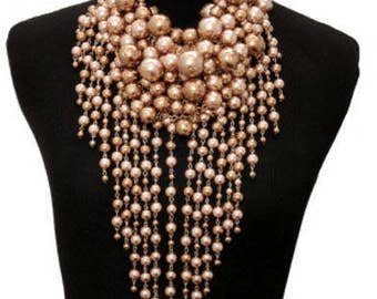 Chunky Pearl Necklace Set