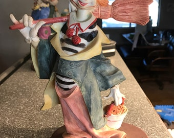 8 inch ceramic Clown with Broom