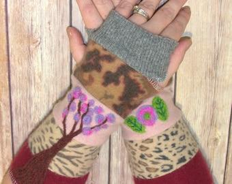 Fingerless Gloves -Cashmere Gloves -  Gloves for women - Winter Gloves - Felted Gloves - Sweater Gloves - Upcycled Gloves - Slow Fashion