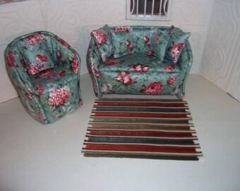 1:6th scale Barbie Dollhouse Handcrafted Furniture Upholstered Sofa & Chair Set BARBIE BLYTHE Living Room Bedroom Green Floral Carpet