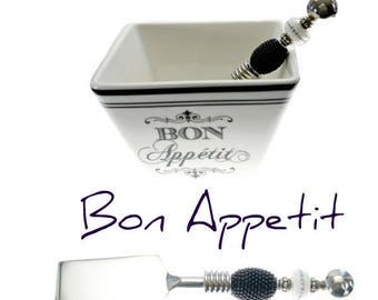 Bon Appetit Appeziter Bowl & Beadable Cheese/Butter Knife