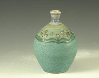 Flower bud Vase - handmade pottery