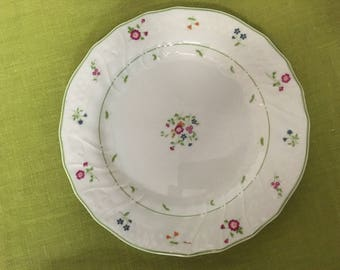 Royal Doulton Moselle Collection Avignon Dessert Plate and Saucer