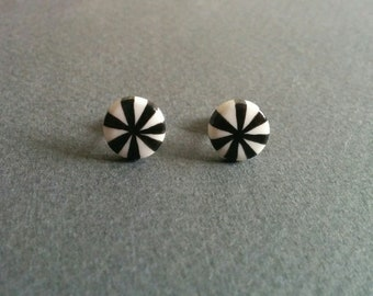 Circus. Licorice black and white candy earrings.