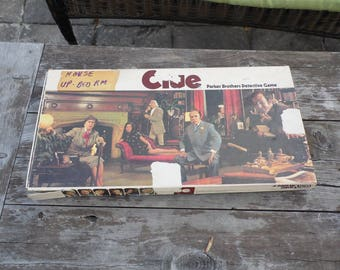 CLUE vintage 1972 CLUE board game Parker Brother's Detective Game COMPLETE Mrs. White did it with the candlestick in the kitchen
