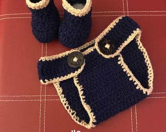 Crochet baby diaper cover with booties!