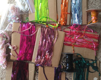 Lot of amazing SEQUINS... 14 colors make your world sparkle and bling!