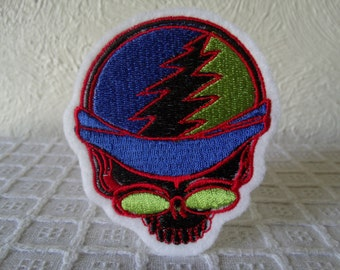 Grateful Dead Steal Your Face Embroidered Iron On Patch, Patches, Embroidered Applique, Embroidered Patch, Acid Rock, 60s, Blue Green Black