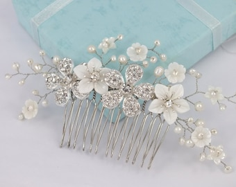 Annie-Mother Pearl Flower,Freshwater Pearl and Rhinestone Flower Bridal Comb