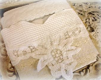 oeillets assortis d'oeillet Vintage sampler 4 bordures en blanc sur fond blanc, plus de machine blanc brodé de motifs floraux tonnes d'yardage 27 plus yards