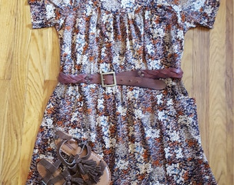 Vintage 1970's Boho Fall Floral Polyester Tent Dress with Pockets, Status II, Size L-XL