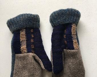Fleece lined sweater mittens