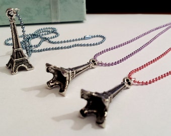 Sale! lovely Eiffel Tower France French Paris Necklace