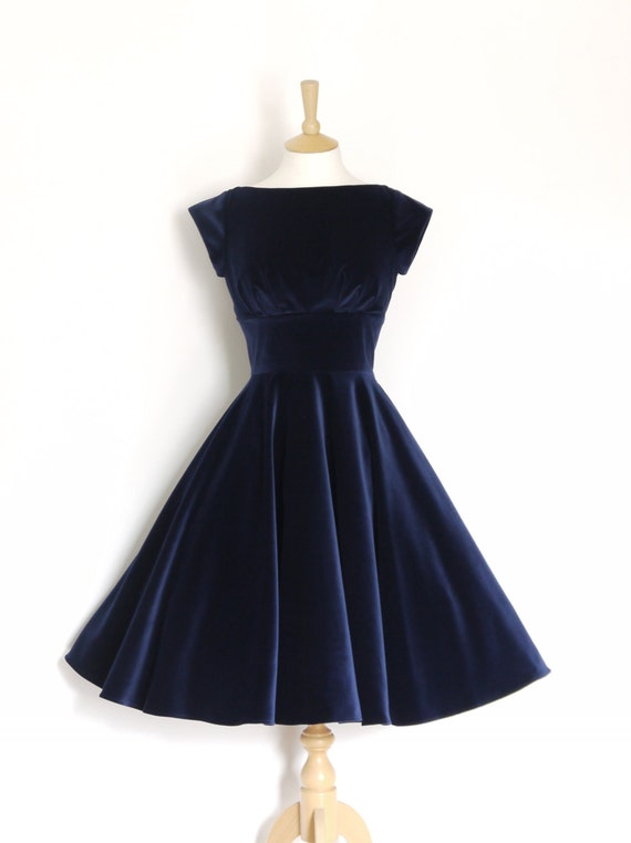 Midnight Blue Velvet Evening Dress with Circle Skirt and Cap