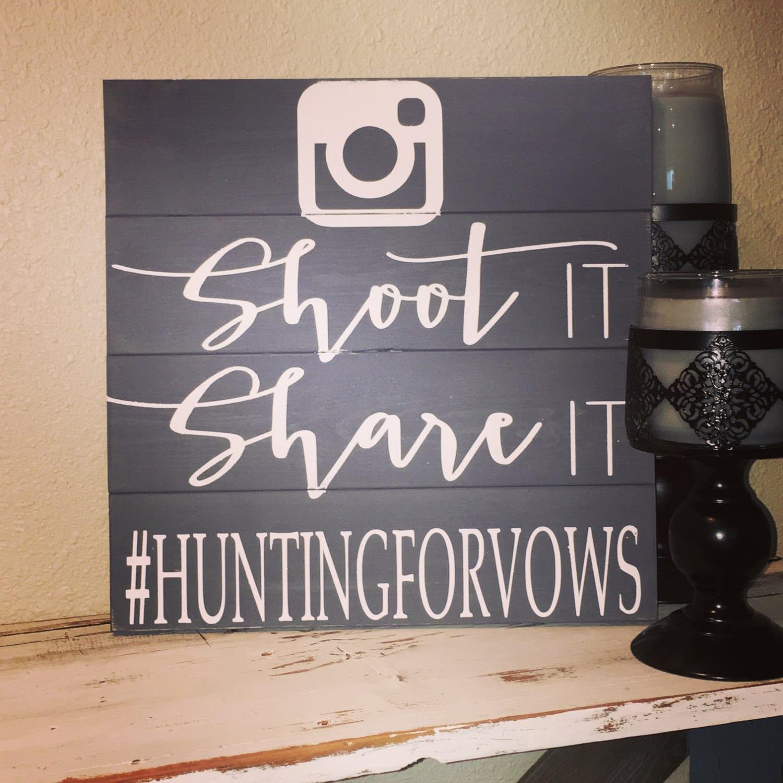 Schießen sie teilen es gemalt Hashtag Hochzeit Zeichen Photo