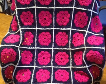 Elegant Flower Granny Square Afghan