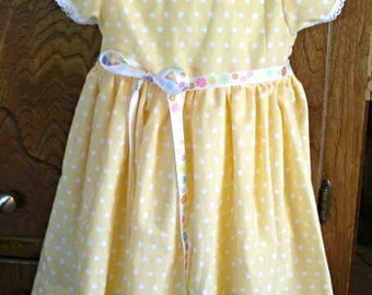 Yellow dots Girls dress, girl clothes, childrens dress toddler clothes, toddler dress, kids clothes, Sunday dress, photo dress, party dress