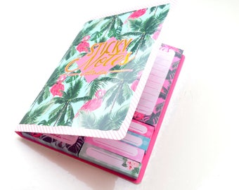 Flamingo sticky Notes in a cute booklet with gold foil details - 7 different designs
