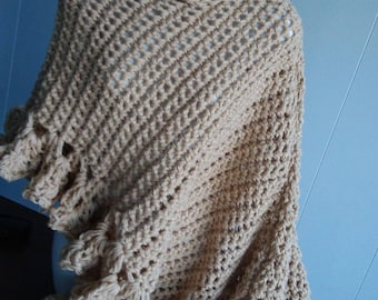 Poncho Acrylic Beige one size fits most small to large hand crocheted ladies Poncho