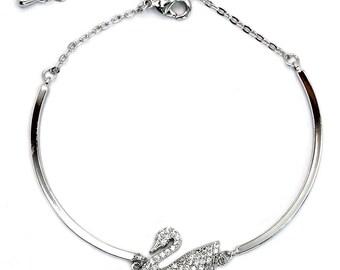 Elegant crystal swan bracelet