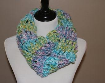 Beautiful Crochet Chunky Cowl *READY TO SHIP*