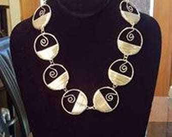Circled silver-plated linked necklace