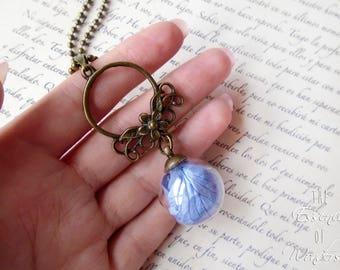 Hydrangeas necklace, floral pendant, terrarium necklace, dried flowers necklace, dry flowers pendant, botanical jewellery, floral jewelry