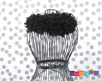 Black Scarf , Chunky Cowl , Infinity Scarf , Bulky Cowl , Knit Cowl Scarf ,Knitted  Neck Warmer , Chunky Yarn Knit , Neck Wrap , Bagel Scarf