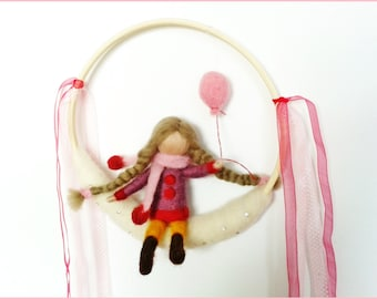 "Mobile Waldorf in felted wool ""Little girl at the ball"""