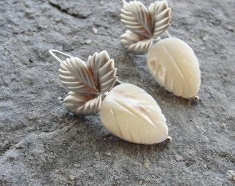 Mother of Pearl Leaves Earrings, White Leaf Earrings