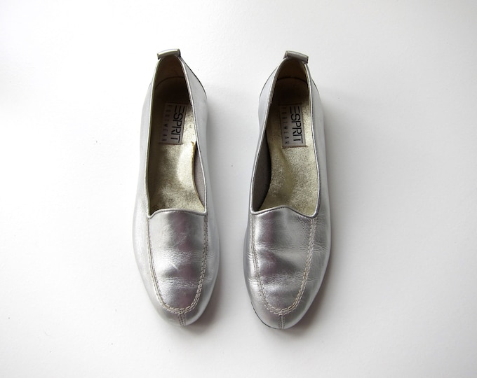 Silver Leather Slip ons 90s ESPRIT Metallic Leather Loafers Modern Preppy Slippers Minimal Retro Leather Flats Womens size 7.5