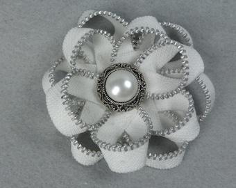 Zipper Flower Brooch - White Flower Pin, Upcycled, Recycled, Repurposed, Zipper Jewelry, Zipper Pin, Zipper Brooch, Zipper Art