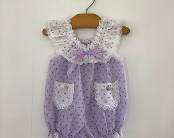 Hands Tands purple and white floral ruffle romper size 1/2