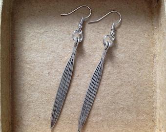 Bright Silver - Earrings long silver spikes