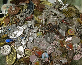 SALE  GREAT OPPORTUNITY 100 Medal Lot to make necklaces, rosary, charm bracelet,repurpose it is a mix lot randomly selected