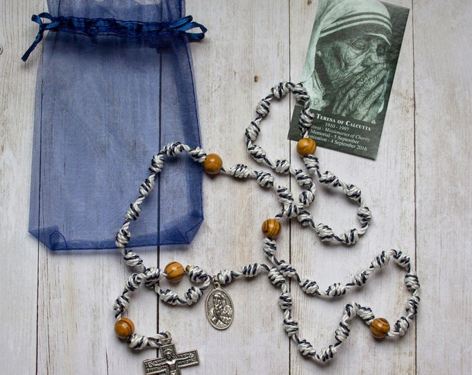 Featured listing image: St. Mother Teresa of Calcutta Twine Knotted Rosary with medal and prayer card