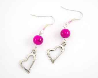 Earrings Gunmetal Silver glass beads marbled Fuchsia and heart charm pendant
