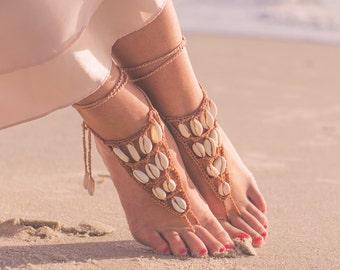 Seashell Jewelry- Boho Wedding Sandals- Seashell Barefoot Sandals- Beach Wedding Sandals- Foot Jewelry- Brown Sandals- Bridesmaid Gift- Boho
